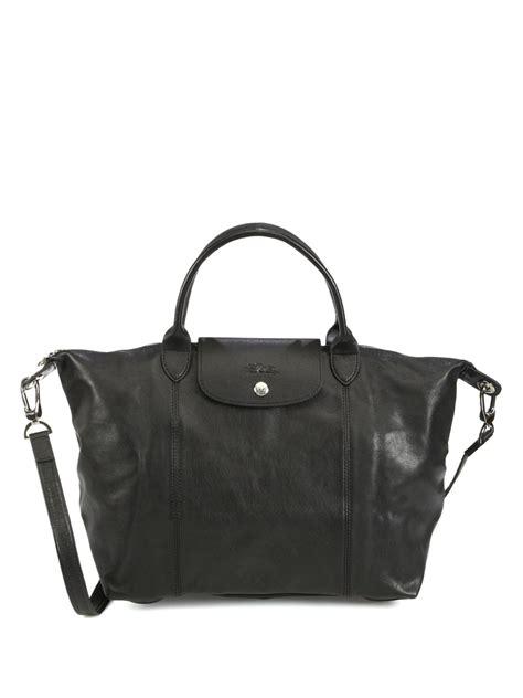 Longc Cuir Medium Black longch le pliage cuir medium handbag in black lyst