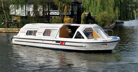 boats norfolk broads fair viscount boating holidays norfolk broads direct