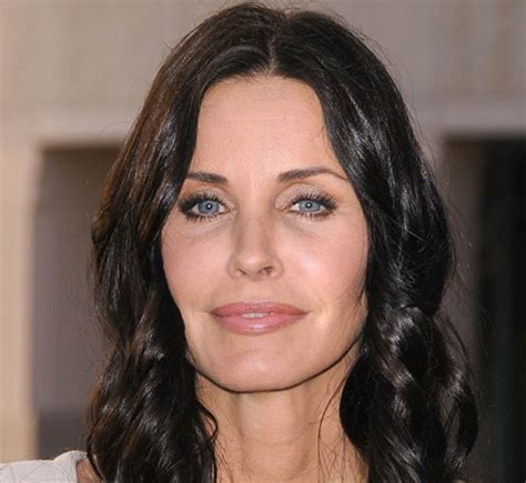 latest on courtney cox march 2015 courteney cox blames flakey cast member for failed