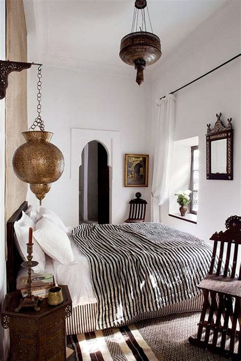 white moroccan bedroom 25 best ideas about moroccan bedroom on pinterest