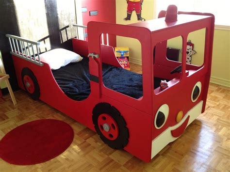 lit camion de pompier chambre garcon
