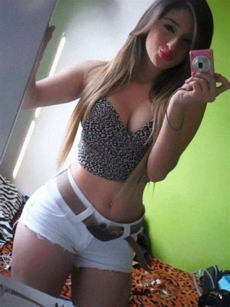 curvy selfie mom facebook sweet young hot and sexy brasilian amateur teenage selfie