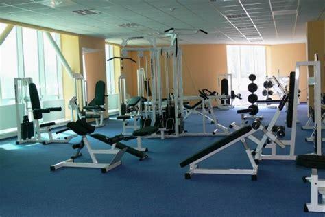 sala fitness brasov complex paradisul acvatic brasov piscina brasov