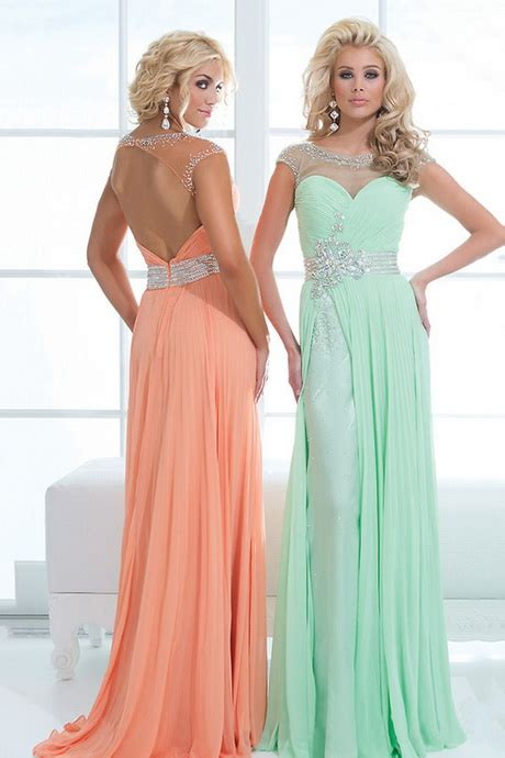 prom dresses hairstyles