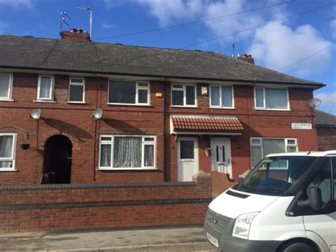 3 bedroom house for rent leeds town house to rent 3 bedrooms town house ls10 property estate agents in leeds