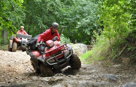 Quad Motorrad Oder Auto Versicherung by Honda Atv Nicht Spielen Arbeiten Magazin Von Auto De