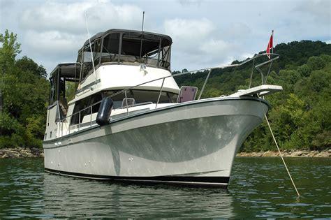 cabin motor boats mainship 36 double cabin boats for sale boats