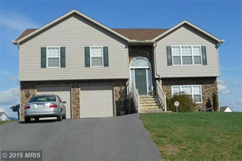 home for rent 809 lindia dr chambersburg pa 17202