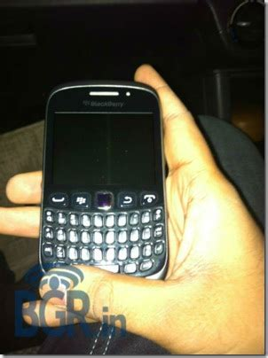 themes for blackberry curve 9320 unannounced blackberry curve 9320 caught on camera