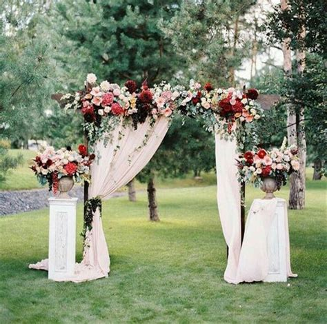 Wedding Arch Flowers by 20 Diy Floral Wedding Arch Decoration Ideas