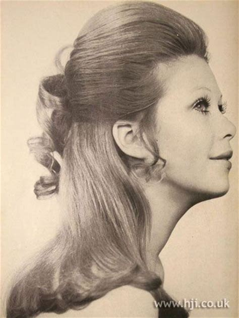 5 facts about 1960 hairstyles 58 best 1950 s hair styles images on pinterest beautiful