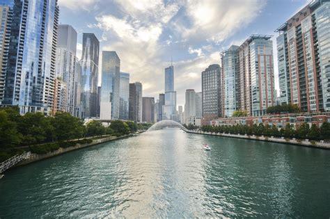 day boat cruise chicago 1 day chicago city landmarks tour taketours
