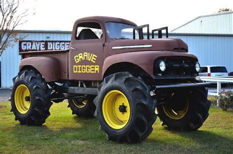 the original grave digger monster truck image gallery old grave digger