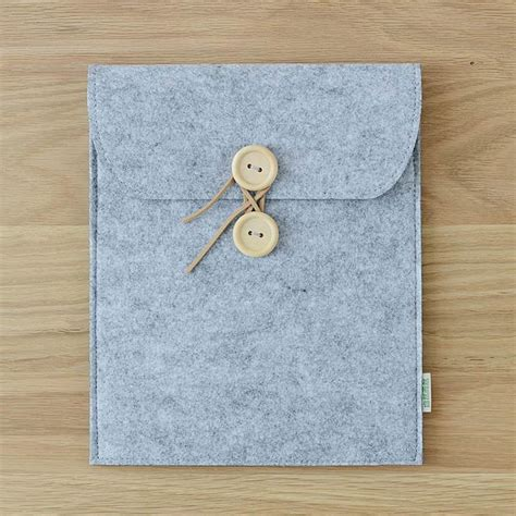 Wooden Sleeve by Sleeve With Wooden Buttons For Apple 2 3