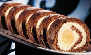 kuchen roulade schokolade bananen roulade rezept gusto at