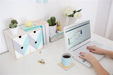 diy rangement bureau transformez ce rangement ikea pour embellir votre bureau