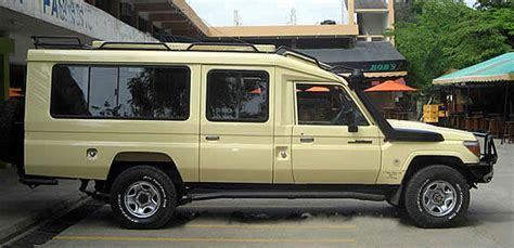 safari land cruiser reliable and affordable uganda 4x4 car hire rentals 4x4