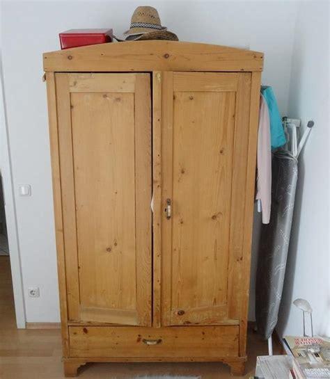 kleiderschrank verkaufen massivholz kleiderschrank neu und gebraucht kaufen bei