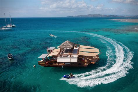 Floating Bar Cloud 9 Floating Bar In Fiji Hiconsumption