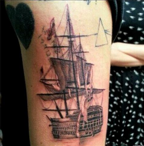 new style tattoos harry styles gets new ship as he reunites with