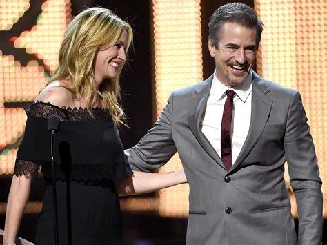 Dermot Mulroney Talks Long Friendship with Julia Roberts