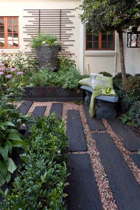Garden Ideas With Sleepers 17 Best Ideas About Railroad Ties Landscaping On Railroad Ties Railway Sleepers