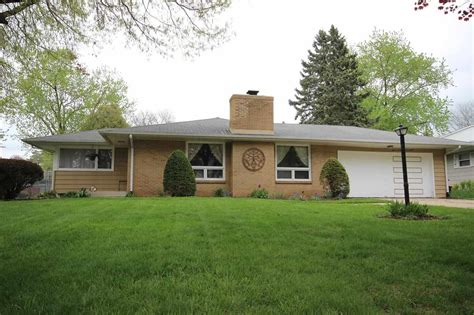 beautiful homes for sale in rockford il on for sale by