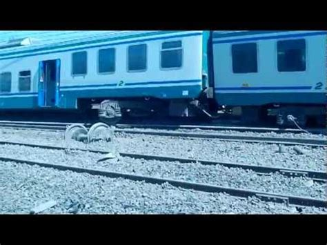 interno regionali treno regionale deraglia alle porte di bologna a lavino di