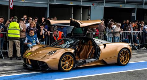 pagani huayra gold pagani huayra gold edition at the 6 ruote di speranza