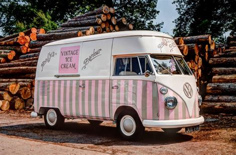 pollys parlour vintage vw splitscreen ice cream van hire pickup