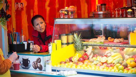 wann ist fischmarkt in hamburg fischmarkt hamburg tours f 252 hrungen getyourguide