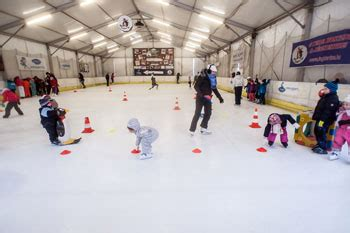 Cabin Rink Hours by Budapest Winter Things To Do Events Festivals For A Cool