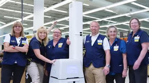 robot walmart walmart enlists robots to scan shelves for problems news opinion pcmag
