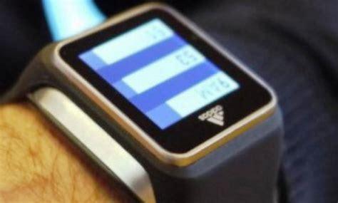 Jam Tangan Adidas 10 adidas hadirkan jam tangan pintar seharga rp 4 4 jutaan
