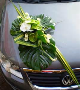 d 233 coration de voiture pour mariage fleurs nature