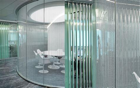 glass curtain visual transperancy of office arrangement abu dhabi uea