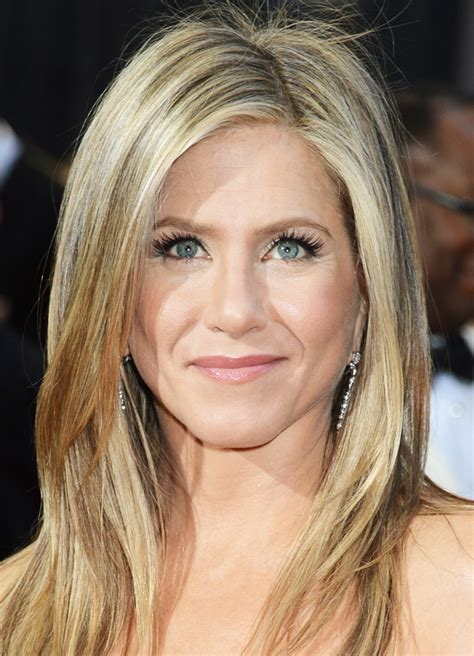 academy awards gray hair and blond streaks 3 tips to make your hair look good in pictures stylecaster