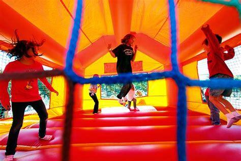 bouncy house music brooklyn bridge parents