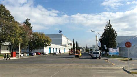 volkswagen mexico plant volkswagen mexico factory tour web originals autos post