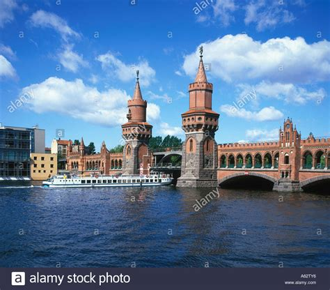 berlin boat tour spree boat tour lifehacked1st