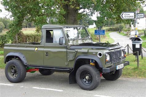 Mini Feature Tom Davies 1986 Land Rover Defender 110
