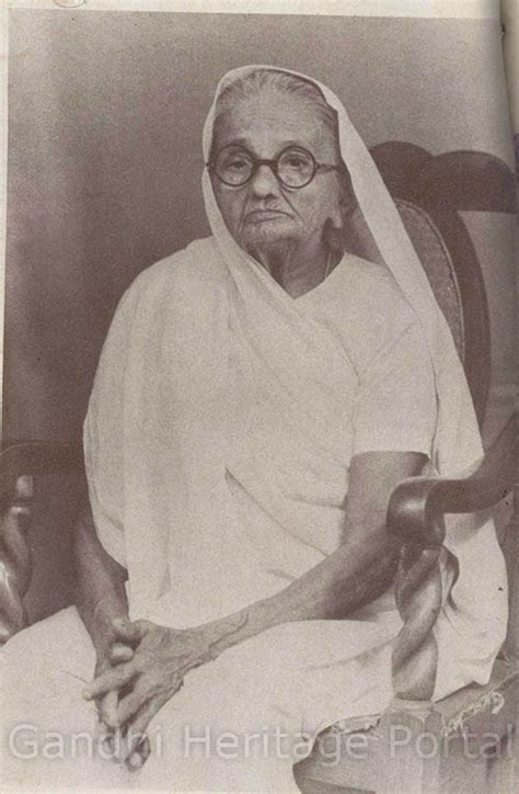 gandhi born year mahatma gandhi pictures photographs from the course of