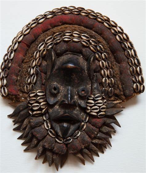 Masker Go afrikaans go masker dan liberia