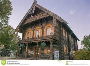 maison en bois traditionnelle russe image 233 ditorial