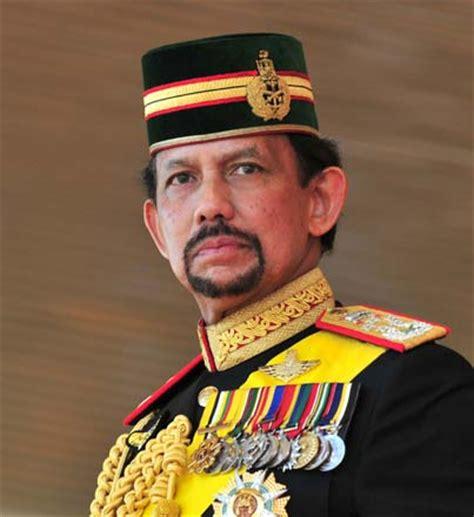 sultan hassanal bolkiah son sultan of brunei hassanal bolkiah one of the richest