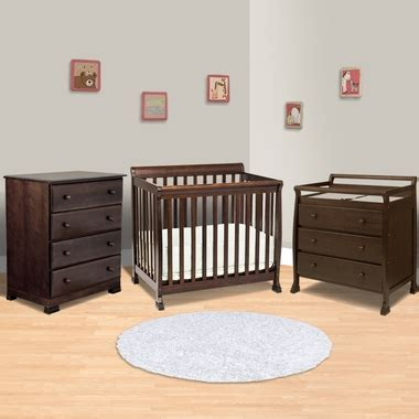 Crib Dresser Changing Table Set Da Vinci 3 Nursery Set Kalani Mini Crib 3 Drawer Changing Table And 4 Drawer Dresser In