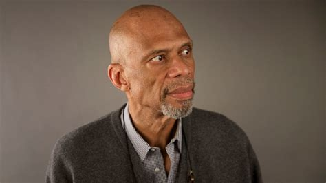 becoming kareem growing up on and the court books kareem abdul jabbar memorializes the great wooden in