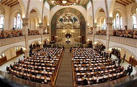 imagenes sinagogas judias la comunidad jud 237 a recupera en berl 237 n la mayor sinagoga de