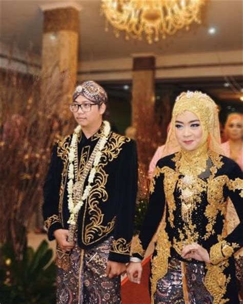 Foto Pengantin Jawa Beludru Hitam by Baju Pengantin Jawa Muslimyumiyumiyum Baju Pengantin