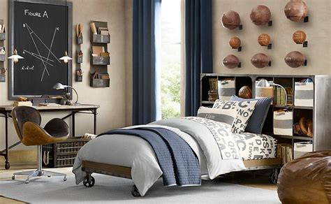 Boys Sports Bedroom by Traditional Sports Themed Boys Room Interior Design Ideas